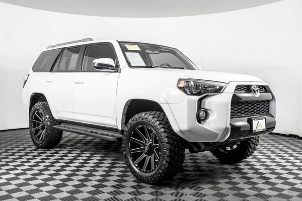 Lifted 4runner For Sale >> Used Lifted 2018 Toyota 4runner Sr5 4x4 Suv For Sale