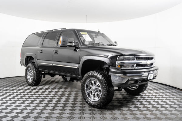 used lifted 2003 chevrolet suburban 2500 lt 4x4 suv for sale northwest motorsport used lifted 2003 chevrolet suburban