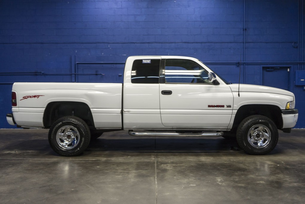 used 1997 dodge ram 1500 sport 4x4 truck for sale northwest motorsport 1997 Dodge Ram 1500 Sport Running Board